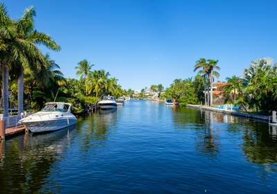 4 Considerations for Buying Property in Florida